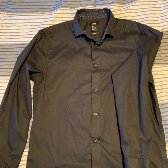H&M Other - H&M Mens Black Button Down Shirt.